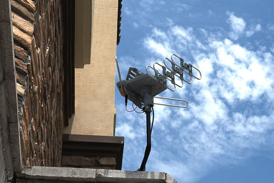 The Buyer's Guide To Rotating TV Antennas
