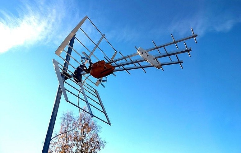Terrestrial TV Antenna